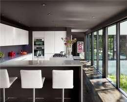 modern Kitchen by Specht Architects