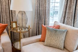 classic Living room by In:Style Direct