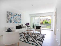 Livings de estilo moderno por hausundso Immobilien Offenburg