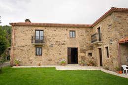 Casas de estilo rural por Intra Arquitectos