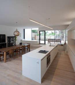 moderne Keuken door schröckenfuchs∞architektur