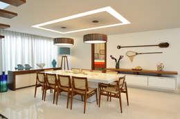 Pinheiro Martinez Arquitetura: modern tarz Yemek Odası