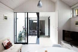 E2 Architecture + Interiors:  tarz Teras