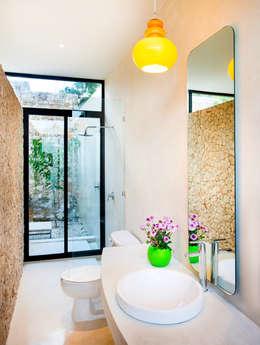 Taller Estilo Arquitecturaが手掛けた浴室