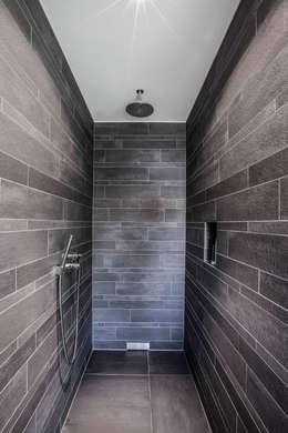 minimalistic Bathroom by 21-arch GmbH