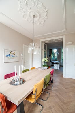 Eetkamer: klasieke Eetkamer door Lumen Architectuur