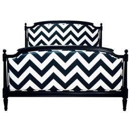Łóżko Chevron B&W od www.hamptonhouse.pl: styl , w kategorii Sypialnia zaprojektowany przez Hampton House