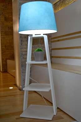 Dormitorios de estilo minimalista por antoniolaidesign