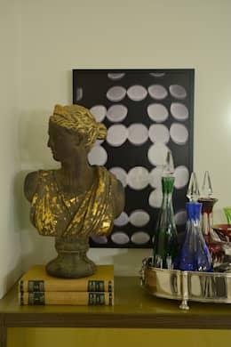 eclectic Living room by Johnny Thomsen Design de Interiores