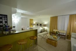 eclectic Bedroom by Johnny Thomsen Design de Interiores