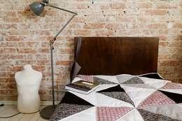 Dormitorios de estilo moderno por dom artystyczny