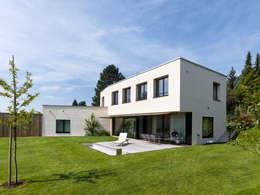 Projekty, nowoczesne Domy zaprojektowane przez rüegg sieger partner ag