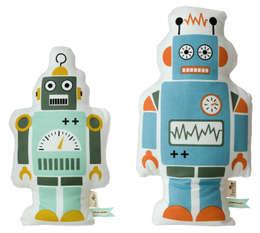 Hippe robot kussens van Ferm Living: scandinavische Kinderkamer door De Kleine Generatie