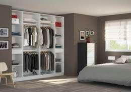 Vestidores y closets de estilo minimalista por Centimetre.com