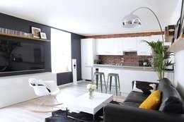 Aménagement d'un appartement de 60m² - Nanterre: Salon de style de style Industriel par MadaM Architecture