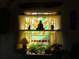 asian Living room by Verre et Vitrail