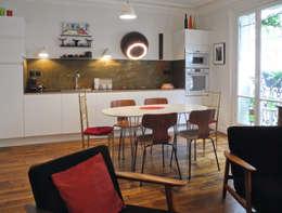 Cusine ouverte sur Salon : Salle à manger de style de style Moderne par Sara Camus Bouanha Architecture Interieure