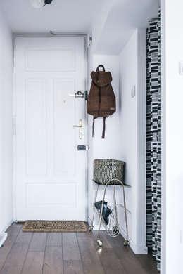 Mieszkanie Salwator, Kraków: styl , w kategorii Korytarz, przedpokój zaprojektowany przez Odwzorowanie