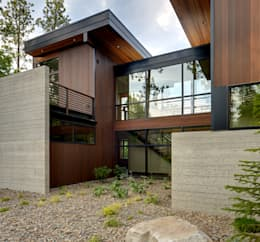 Projekty, nowoczesne Domy zaprojektowane przez Uptic Studios