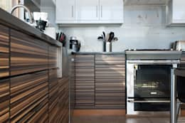 modern Kitchen by Uptic Studios