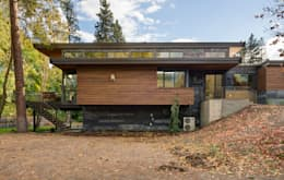 Denver Street Lot 7: modern Houses by Uptic Studios