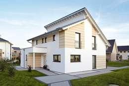 Projekty, nowoczesne Domy zaprojektowane przez RENSCH-HAUS GMBH