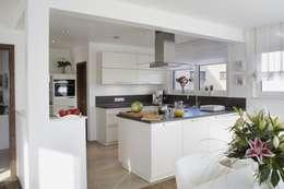 modern Kitchen by RENSCH-HAUS GMBH