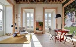 Livings de estilo moderno por Spaceroom - Interior Design