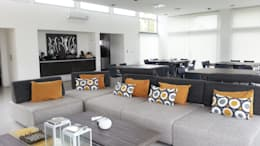 Casa YD - Estancia Abril: Salas multimedia de estilo moderno por de Jauregui Salas arquitectos