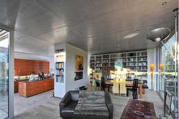 Salon de style de style Moderne par Architekten Spiekermann
