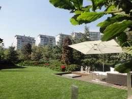 JARDÍN RESIDENCIA TEJADO: Jardines de estilo minimalista por PAISAJE MEXICANO