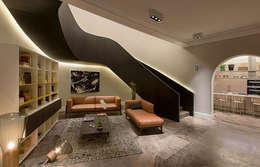 Corridor & hallway by Vieyra Arquitectos