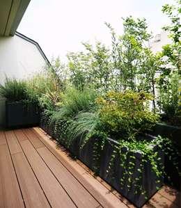 Jardines de estilo ecléctico por SUNIHA UNIHA(サニハユニハ)