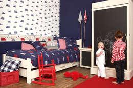 Habitaciones infantiles de estilo  por Papel Pintado Saint Honoré