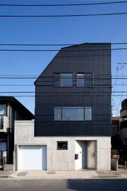 目黒の家/ファサード: アトリエ・ノブリル一級建築士事務所が手掛けた家です。