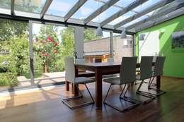 Giardino D'inverno: Giardino d'inverno in stile in stile Moderno di Le Verande srls