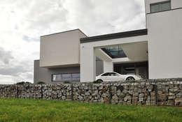 moderne Huizen door MACIEJ JANECZEK ARCHITEKT