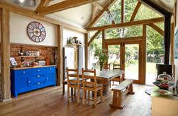 Кухни в . Автор – Milton Architects Ltd