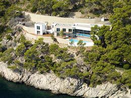 Casas modernas por Alibaz Inversiones