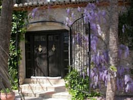 Jardín de estilo  por Karma Properties