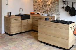 Die Küche zum Kochen: minimalistische Küche von Toni Egger Produktdesign