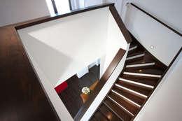 Corridor & hallway by FingerHaus GmbH
