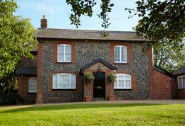 Projekty, wiejskie Domy zaprojektowane przez Etons of Bath