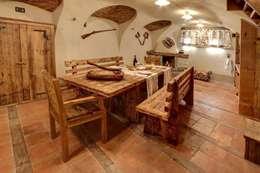 rustic Dining room by Bosc Vej s.r.l.