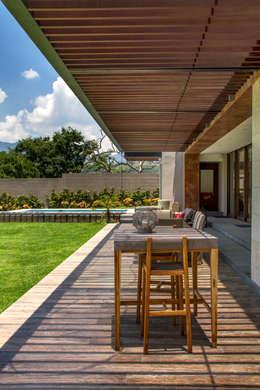 ระเบียง, นอกชาน by Maz Arquitectos