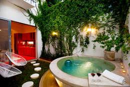 Casa Santiago 49: Albercas de estilo moderno por Taller Estilo Arquitectura