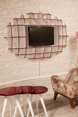 Sanal Mobilya – Elips TV Ünitesi ve Kitaplık: modern tarz Oturma Odası