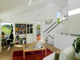Binder Architektur AG: modern tarz Oturma Odası