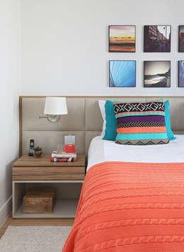 غرفة نوم تنفيذ MANDRIL ARQUITETURA E INTERIORES