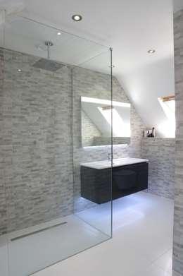 modern Bathroom by PTC Kitchens